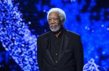 Morgan Freeman, 6th Annual Breakthrough Prize, Stage, Black Suit, 2017