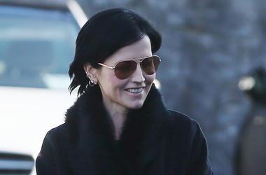 Dolores O'Riordan, The Cranberries, Sunglasses, Smiling