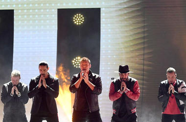 Backstreet Boys, Concert, Praying