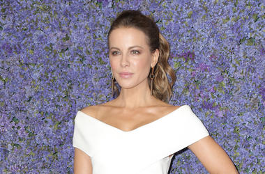 Kate Beckinsale, Red Carpet, Gala, White Dress, 2018