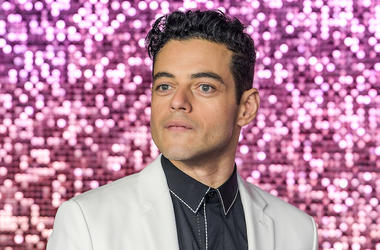 Rami Malek, White Suit, Bohemian Rhapsody, World Premiere, Pink Background