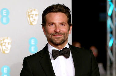 Bradley Cooper, Tuxedo, Red Carpet, British Academy Film Awards, 2019