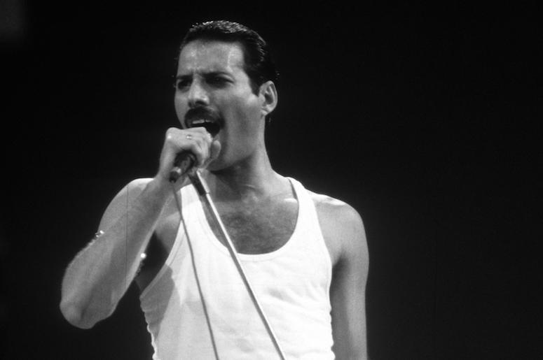 Freddie Mercury, Queen, Live Aid, Black and White, 1985