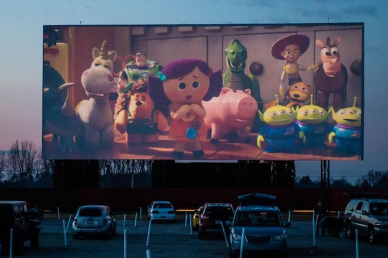 Toy Story 4, Drive In Movie Theater, Screening, Outdoors, Dusk, The Capri Drive In, 2019