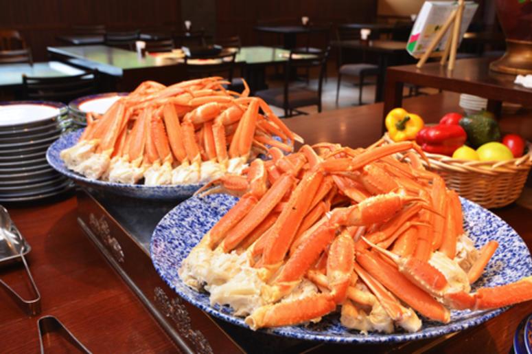 Crab Legs At A Buffet