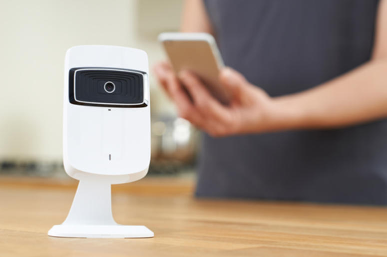 Hacker Manages To Get Inside A Fort Worth Couples Nest Camera Asks