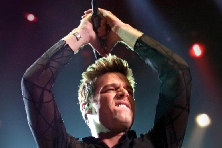 Ricky Martin, Concert, Dancing