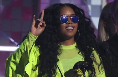 February 10, 2019; Los Angeles, CA, USA; H.E.R. accepts the award for best R&B album during the 61st Annual GRAMMY Awards on Feb. 10, 2019 at STAPLES Center in Los Angeles, Calif. Mandatory Credit: Robert Hanashiro-USA Today Network
