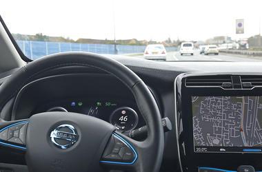 Robotic Vehicles, Self-Driving Cars, Driverless Vehicles Driverless Car (Photo credit: PA Images/Sipa USA)