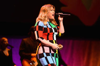 Kelly Clarkson performs onstage at CinemaCon 2019 The State of the Industry and STXfilms Presentation at The Colosseum at Caesars Palace during CinemaCon, the official convention of the National Association of Theatre Owners, on April 2, 2019 in Las Vegas