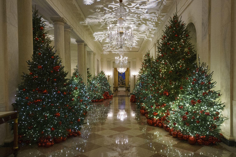 The Cross Hall is seen during the 2018 Christmas Press Preview at the White House in Washington, Monday, Nov. 26, 2018.