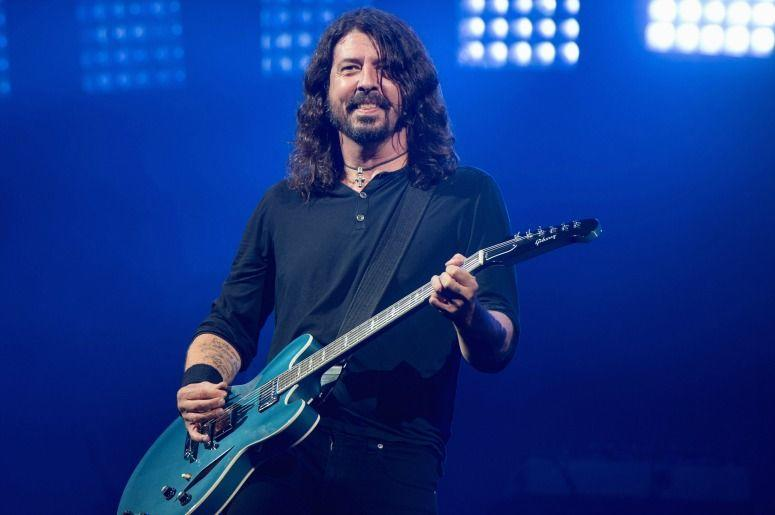 Dave Grohl of the Foo Fighters (Photo credit: Ian Gavan / Stringer)