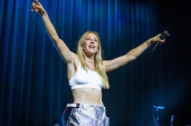Summer Jam Ellie Goulding 8