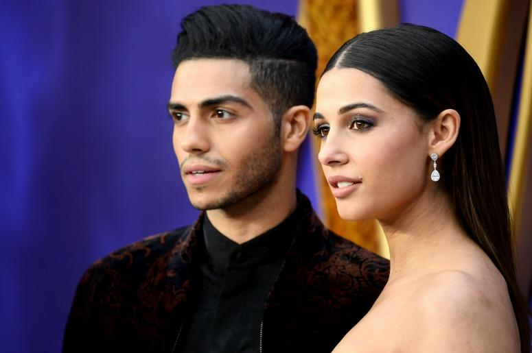 Mena Massoud and Naomi Scott
