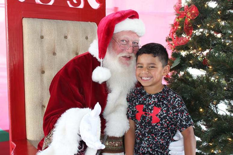 Santa At DFW Tamale Festival