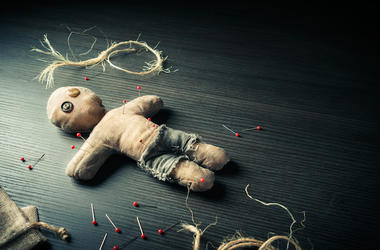 Voodoo Doll, Background, Dramatic Lighting