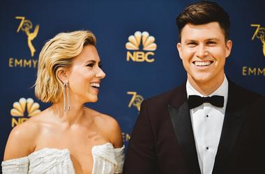 LOS ANGELES, CA - SEPTEMBER 17: (EDITORS NOTE: Image has been digitally enhanced) Scarlett Johansson and Colin Jost arrives at the 70th Emmy Awards on September 17, 2018 in Los Angeles, California