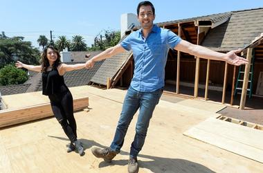 "July 19, 2017; Los Angeles, CA, USA; Drew Scott and fiancee Linda Phan during the filming of ""Property Brothers at Home: Drew's Honeymoon HouseDrew's Honeymoon House"
