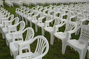 plastic_chairs