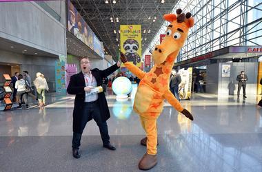 Geoffrey_Giraffe