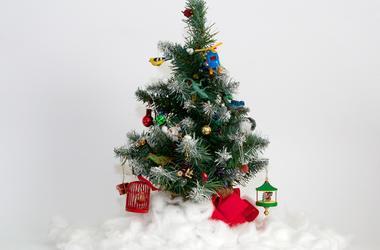 fake_christmas_tree