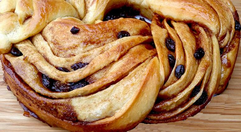 Overland Park Baker Makes Television Debut On Food Network 98 1
