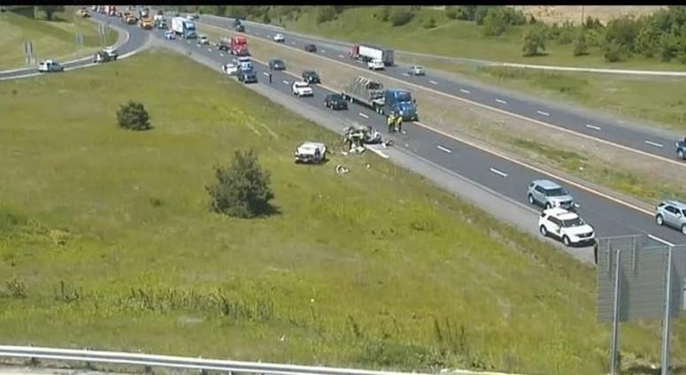 Three die in multi-vehicle crash on southbound I-29 in