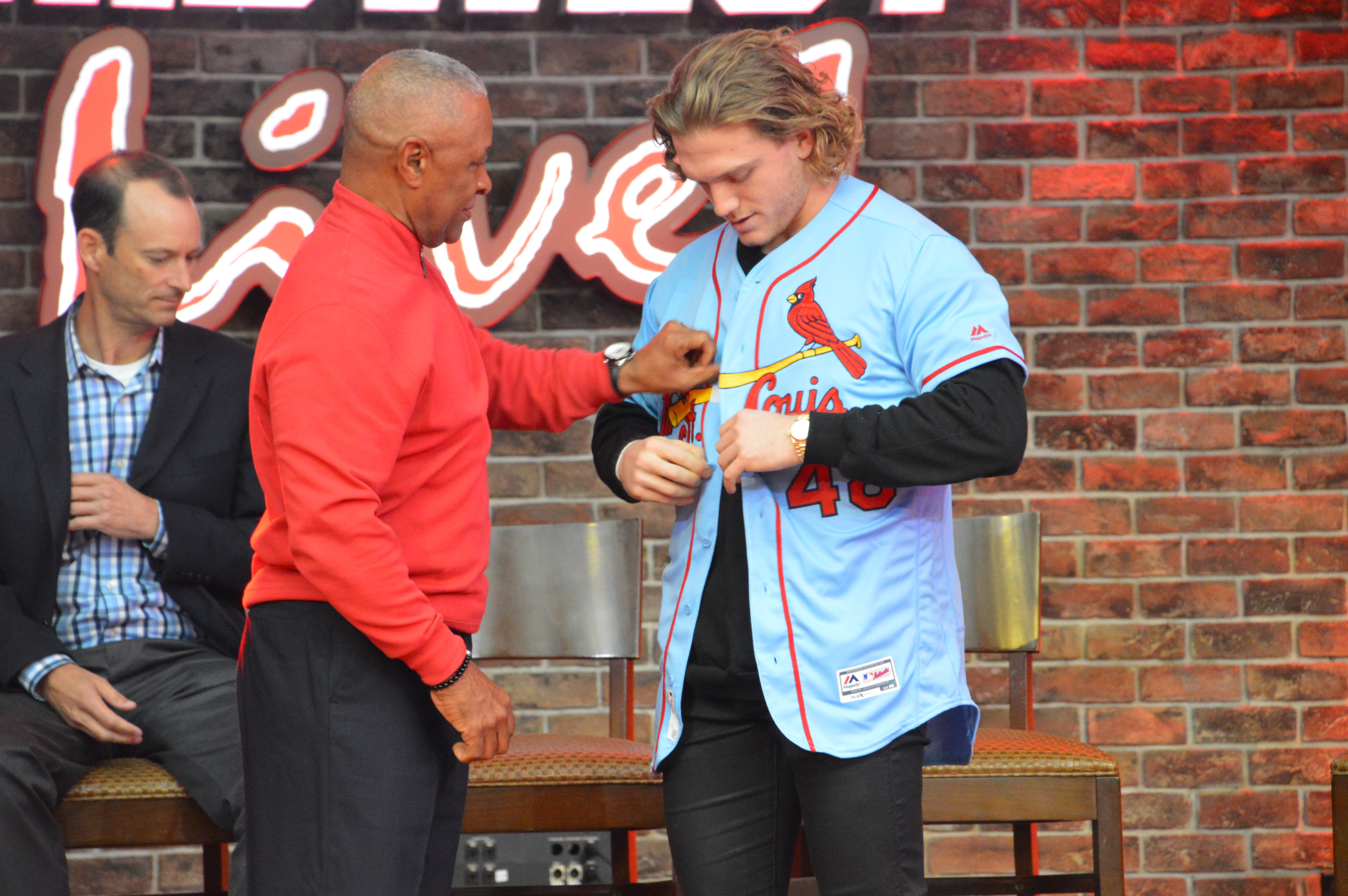 huge selection of ddc03 577b4 Harrison Bader, Ozzie Smith Unveil New St. Louis Cardinals ...