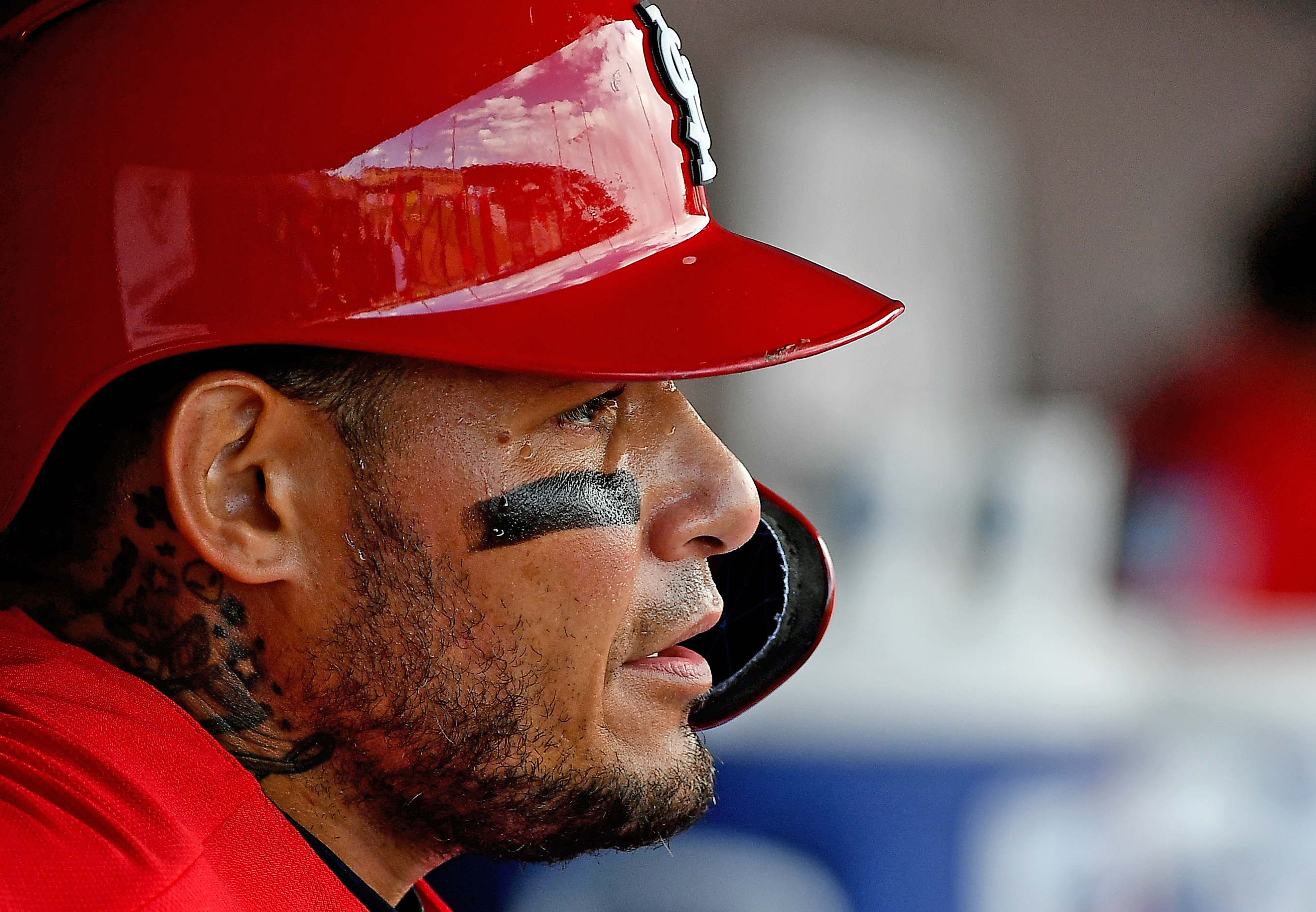 Carp returns to lineup, Molina 'within a 3-week range' to return from