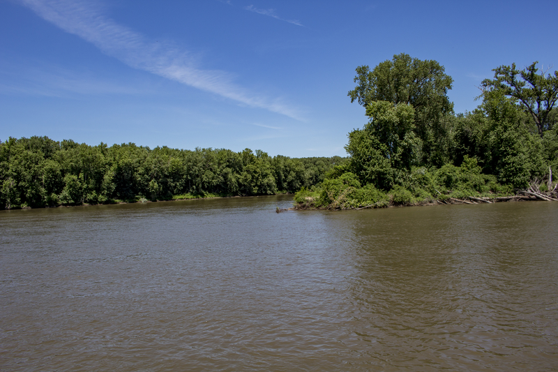 Missouri Landowners Upset about Mississippi River Levee in