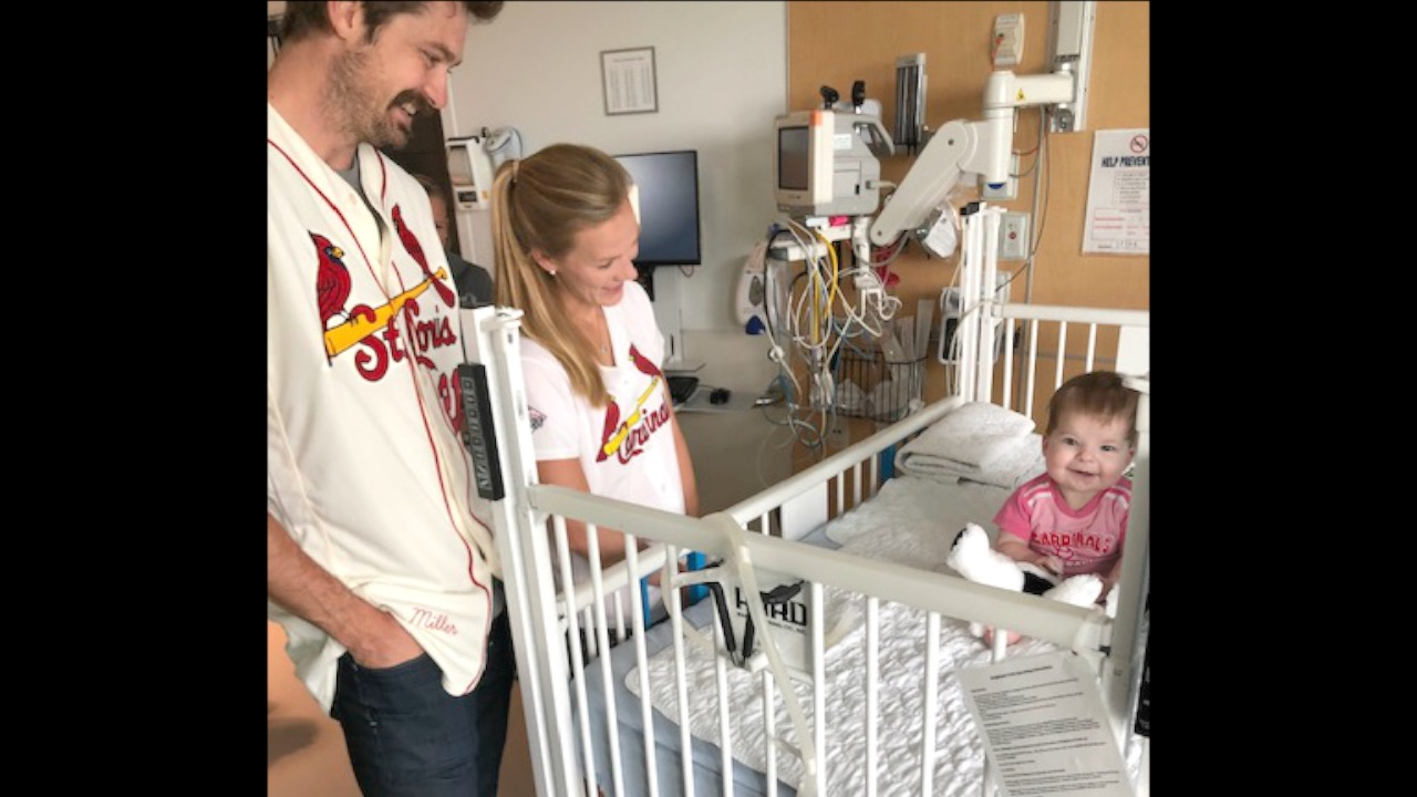 PHOTOS: Cardinals players, manager surprise Children's Hospital