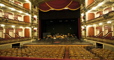 Inside the opera house of Manaus you can feel the glamor of the belle epoch
