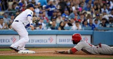 Kershaw dominates as Dodgers beat Cardinals 3-1
