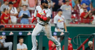 Cardinals win streak ends with 2-1 loss to Reds