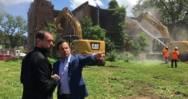 Twitter Founder Helps Demolish Vacant Buildings in St. Louis