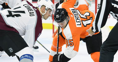 Philadelphia Flyers center Jori Lehtera (15) face-off