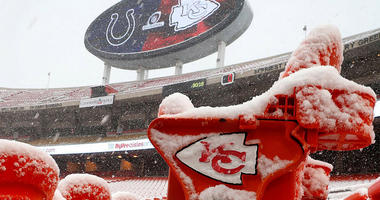 Kansas City Homeless Man Helped Chiefs Player Out of Snow
