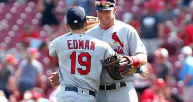 Goldschmidt homers as Cardinals edge Reds 5-4 to stay in 1st