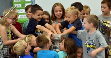 WATCH: Stanley Cup back in St. Louis, stops by elementary school