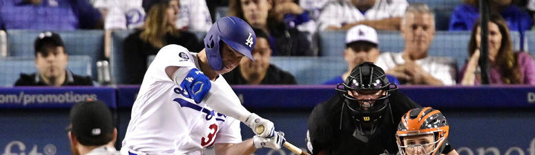 Dodgers hold off Giants' rally in 9th for 9-8 victory