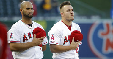 Grieving clubhouse: Tough for Angels, like teams before them