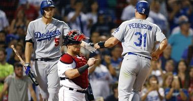 Dodgers beat Red Sox in 12 innings on Muncy's RBI walk