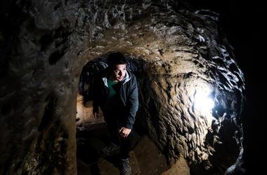 Man below the tunnel