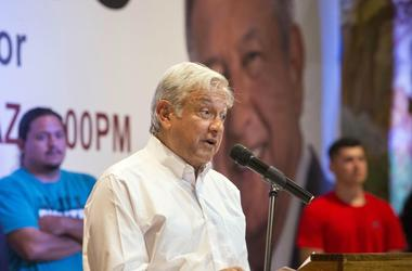 Popular politician in Mexico, Andres Manuel Lopez Obrador, was greeted by over 500 people during his visit in Phoenix at Salon Tradiciones to speak about a immigration, and President Trump.