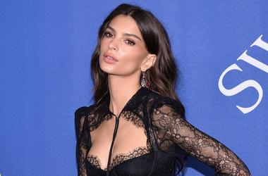 Emily Ratajkowski attends the 2018 CFDA Awards at the Brooklyn Museum in New York, NY, on June 4, 2018.