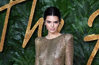 12/10/2018 - Kendall Jenner attending the Fashion Awards in association with Swarovski held at the Royal Albert Hall, Kensington Gore, London. Picture Credit Should Read: Doug Peters/EMPICS (Photo by PA Images/Sipa USA) *** US Rights Only ***