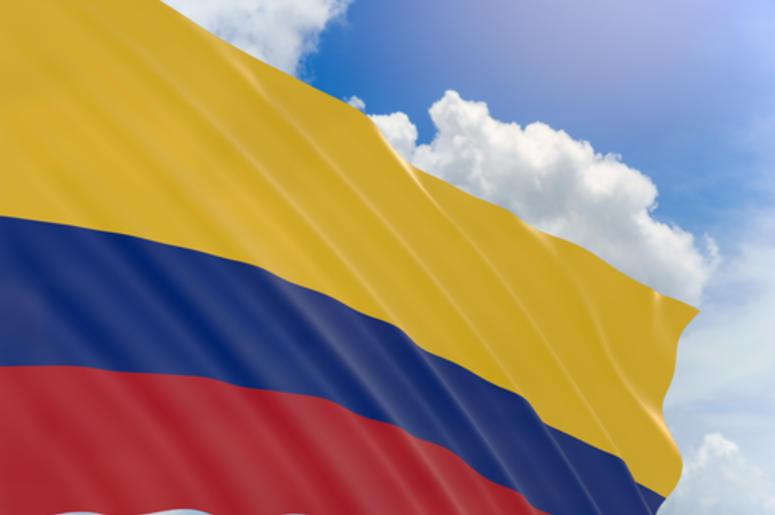 Colombia Recibe A Mexicanos
