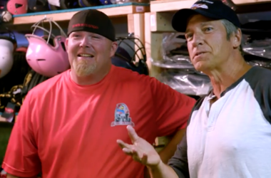 """Mike Rowe of """"Returning the Favor"""" at STL Youth Sports Outreach."""