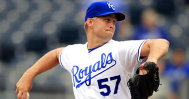 Royals rout Rays 8-2 to complete doubleheader sweep