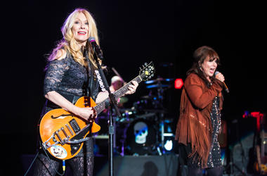 Nancy and Ann Wilson of Heart Perform at the Shoreline Amphitheatre on August 24, 2016